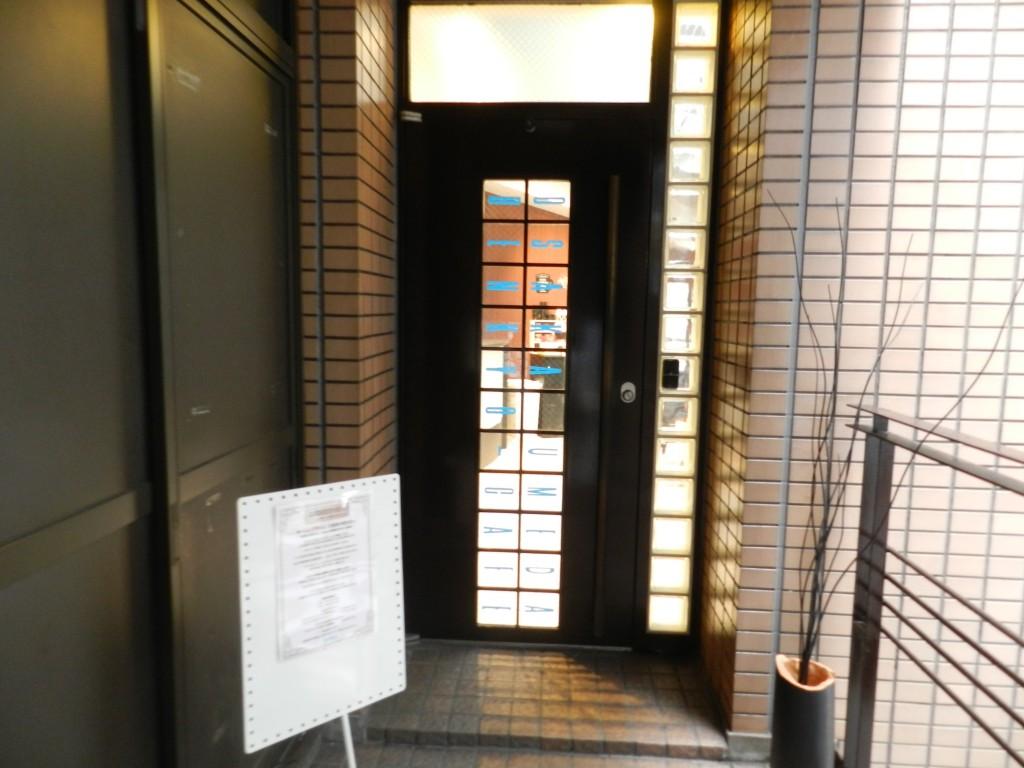 勉強カフェ大阪うめだの入口