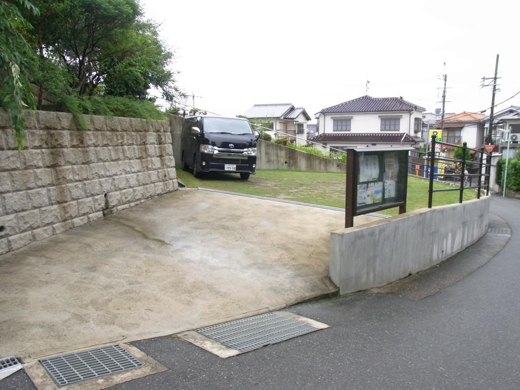 コワーキングスペースUmidassの駐車場