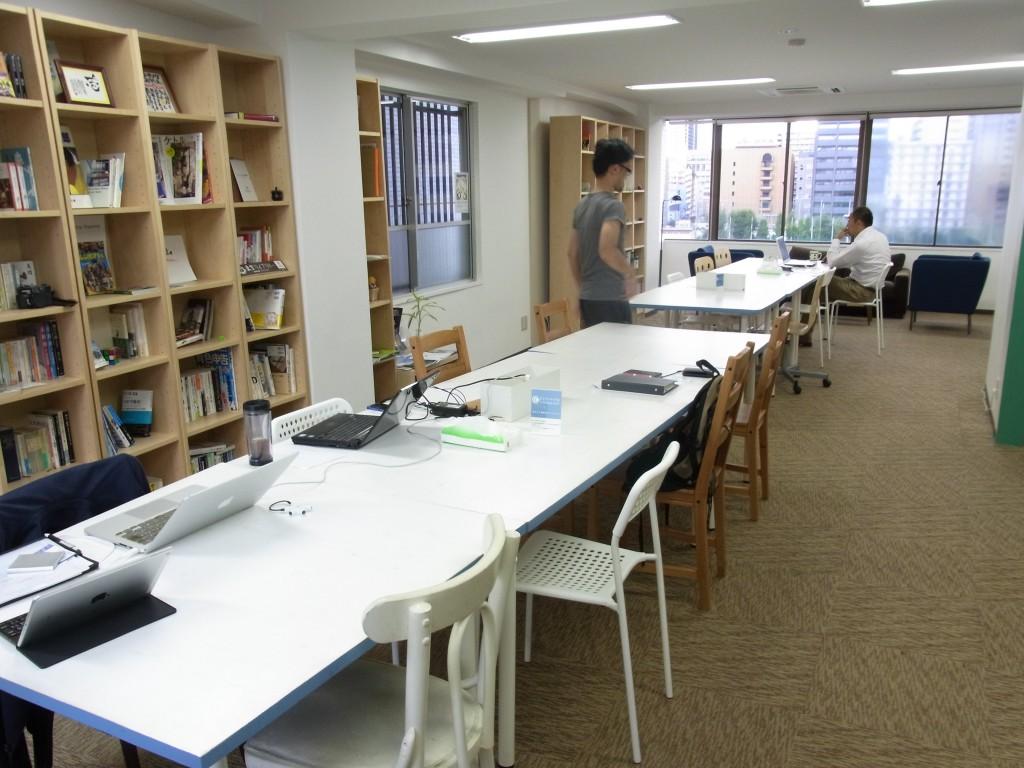 新大阪コワーキングスペース Crossingのメインスペース