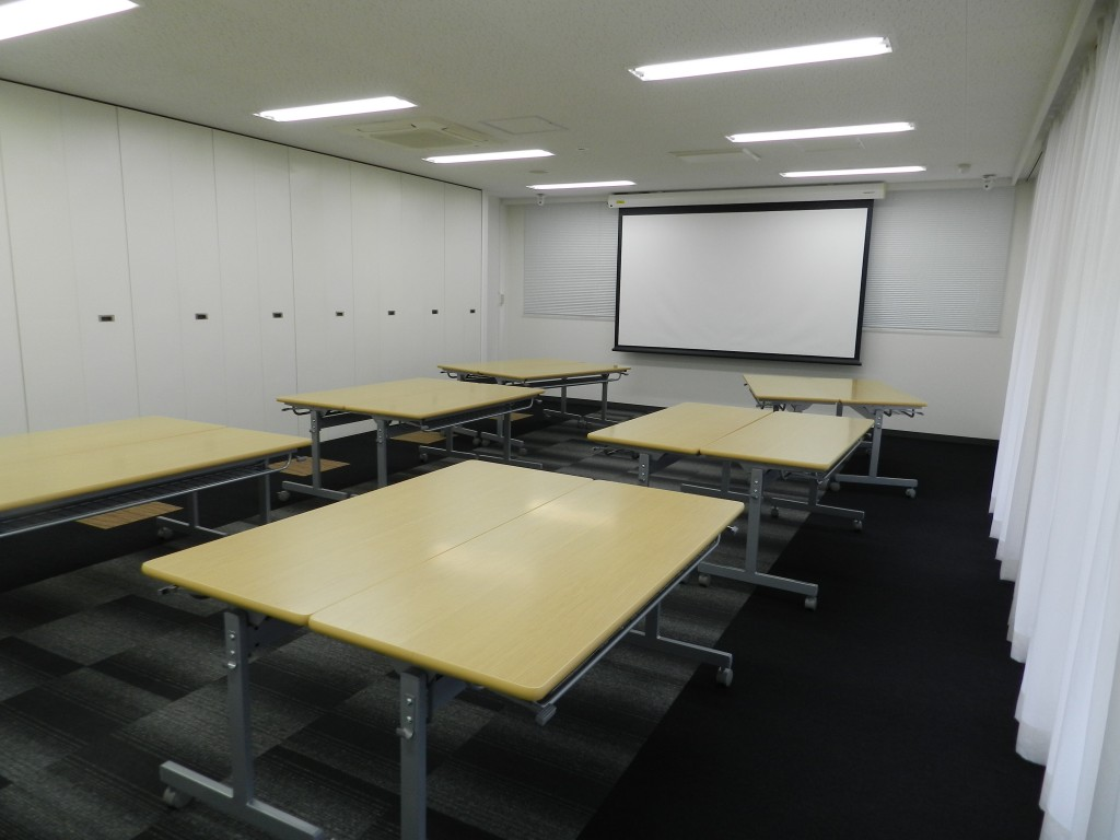 大阪クロススクエアのセミナールーム