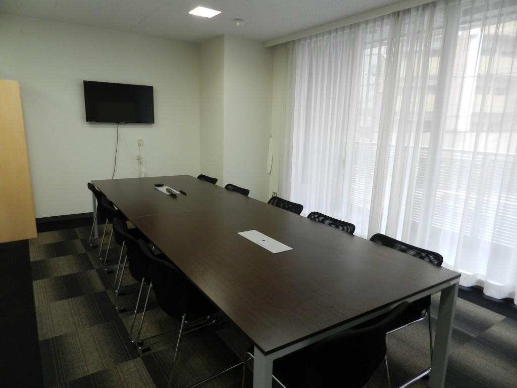 大阪クロススクエアの大会議室の中の様子
