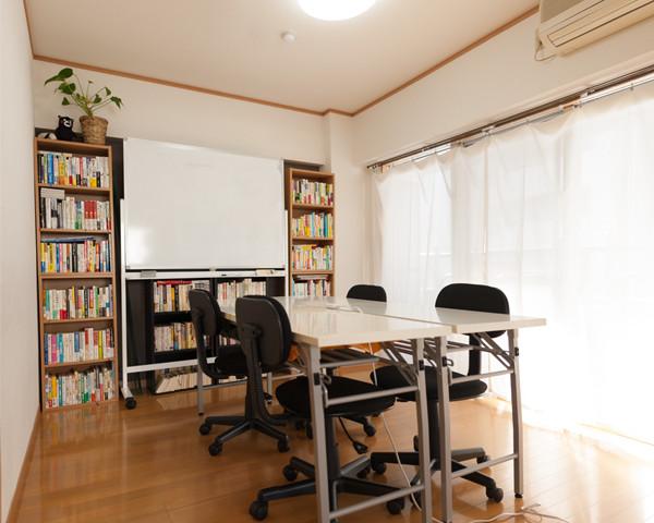 Biz Libraryの会議室