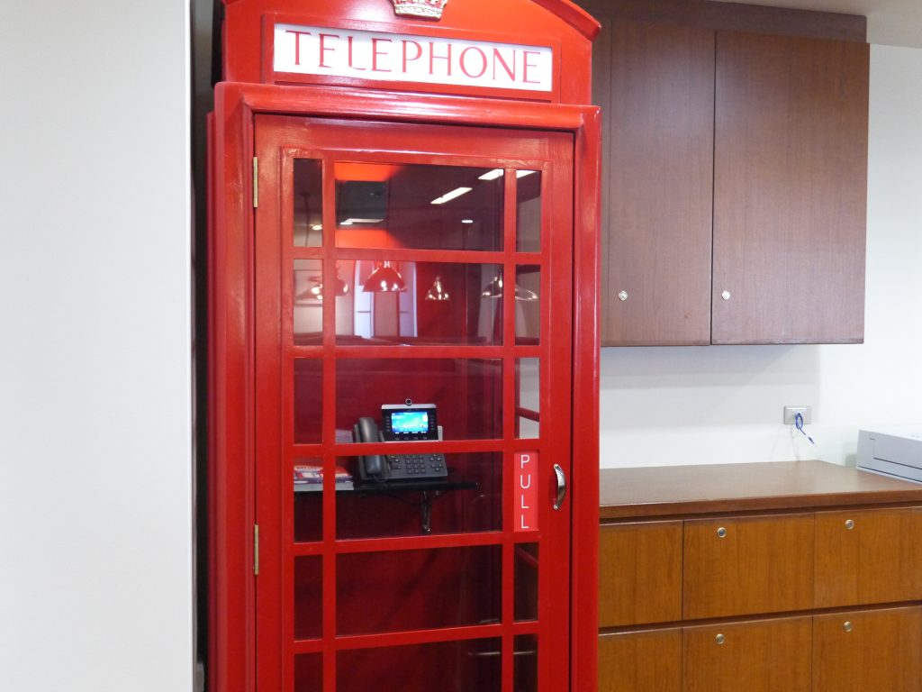 電話スペース