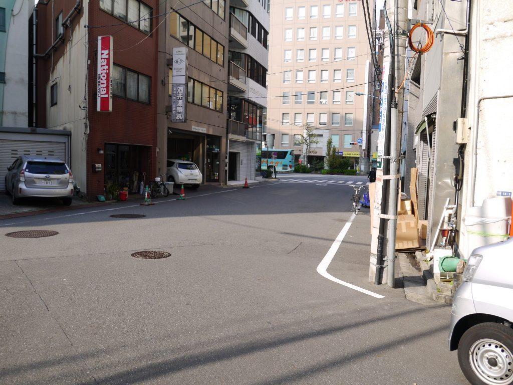 左奥に見えるのがパセラのコワーク東神田店